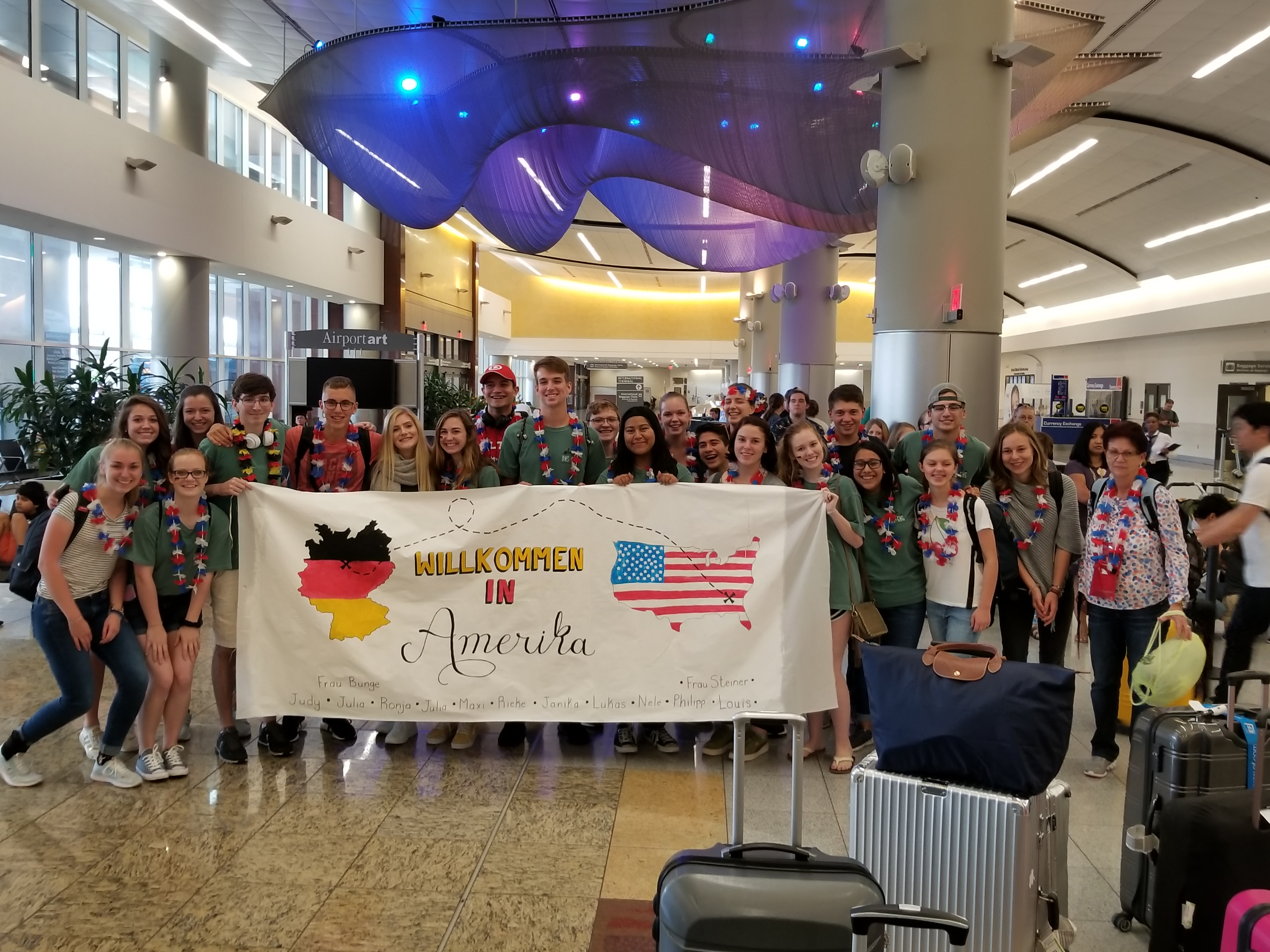 Group arrives at ATL airport